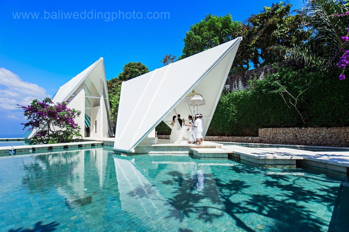 Bali wedding chapel getting married in bali for Bali mariage location